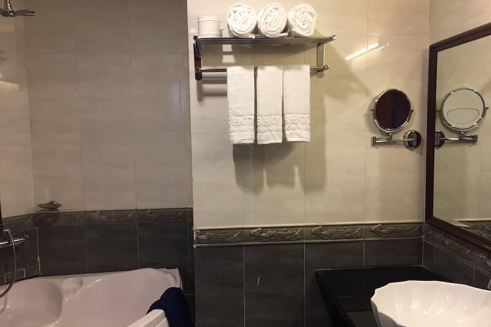 Kamar Eksekutif - Kamar mandi