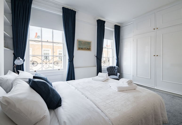 Stylish Sloane Square Home Close to Victoria, London, Design House (2 Bedrooms), Room