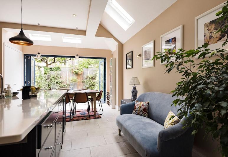 Spectacular Shepherds Bush Home Close to Westfield, Londýn, Rodinný domek, 4 ložnice, výhled do zahrady (4 Bedrooms), Obývací prostor