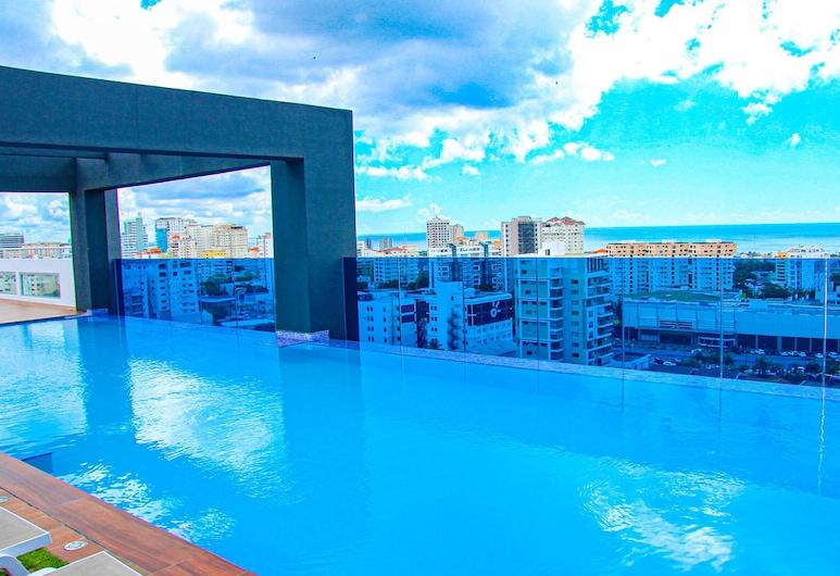 Tower Central - New Luxury - Ocean view, سانتو دومينجو, حمّام سباحة لا مُنتهي