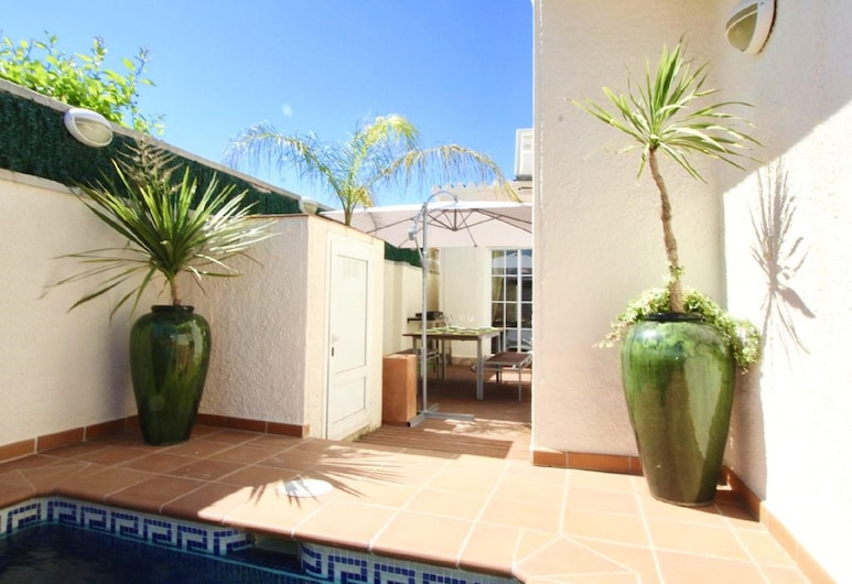 Villa With 3 Bedrooms in Empuriabrava, With Private Pool and Enclosed Garden, Castelló d'Empúries, Chambre