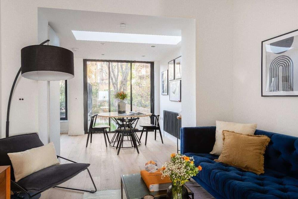The Regent's Park Retreat - Spacious & Modern 1bdr Flat