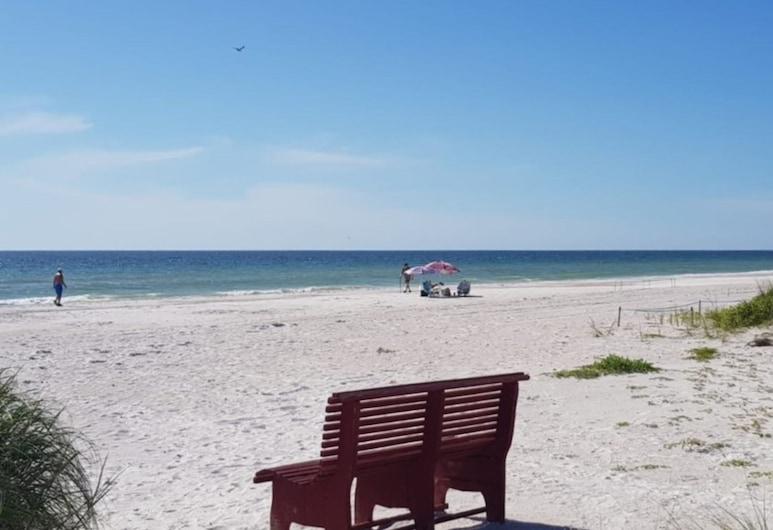 Seashell by Teeming Vacation Rentals, Indian Shores, Soukromý byt, 2 ložnice, Pláž