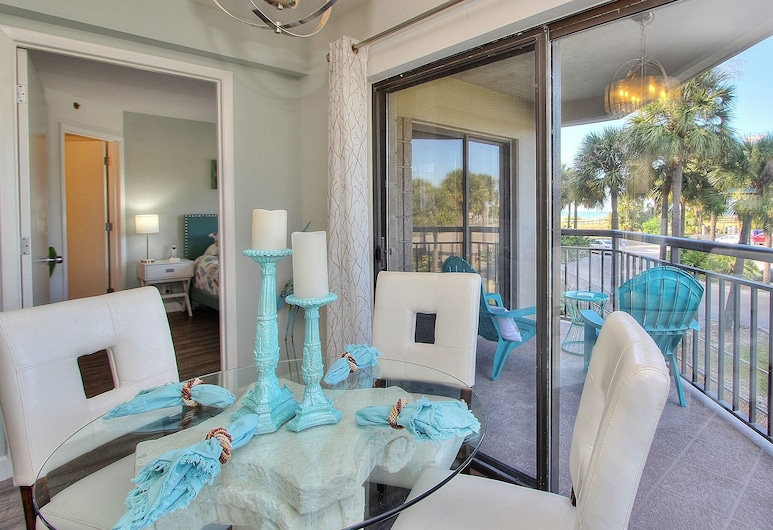 Gulf Strand Resort by Teeming Vacation Rentals, St. Pete Beach, Condo, 1 Bedroom, Balcony