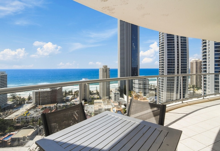 Towers of Chevron - Private Apartments, Surfers Paradise