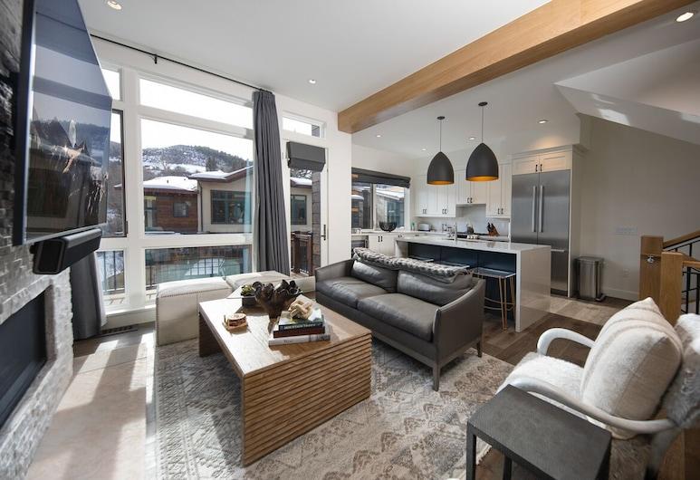 Riverfront at Vail Valley, Avon, Altitude Adjustment, Living Room
