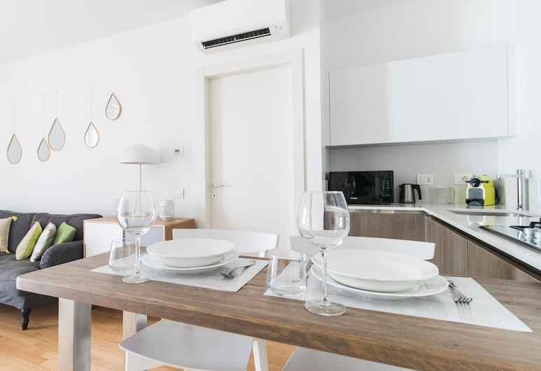 Italianway - Principe Eugenio 12 II (V), Milan, Apartment, 1 Bedroom, Living Area