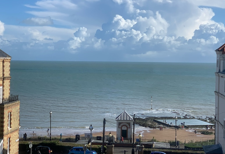 NEW 3BD Beach Retreat - Heart of Broadstairs Kent, Broadstairs, Strand