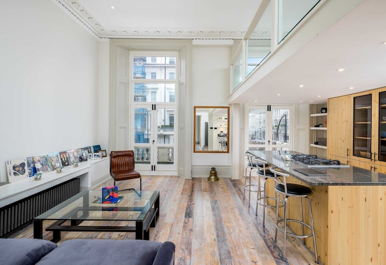 Stylish Industrial 1-bed Flat on Gloucester Road in West London, London