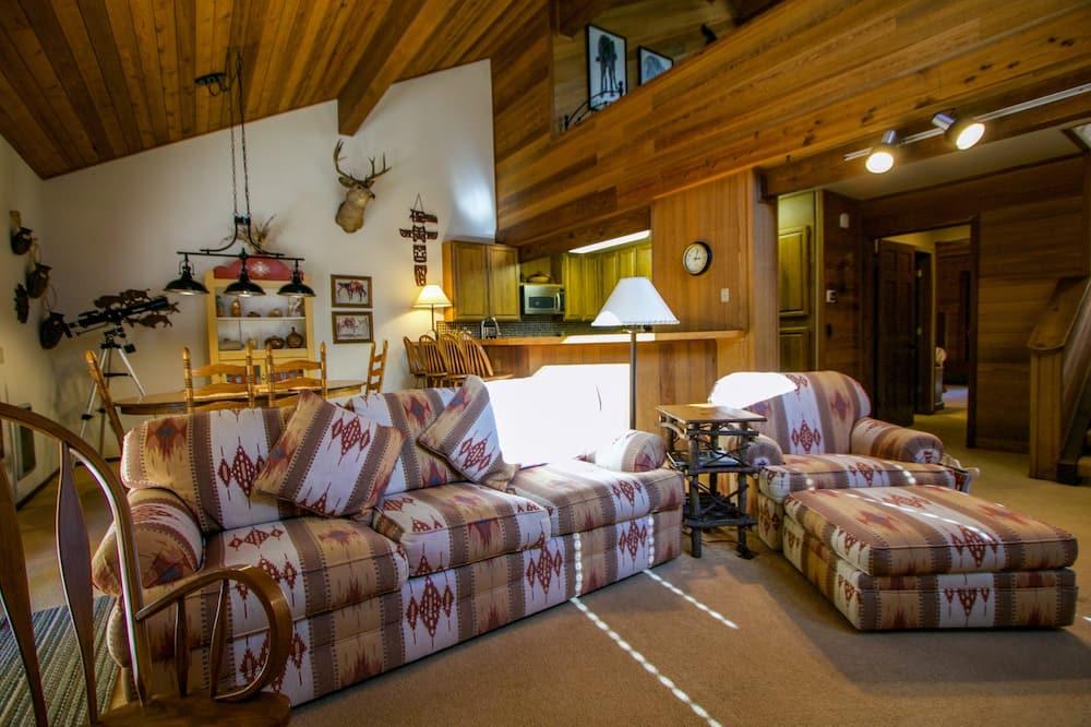 Nhà liên kế, 4 phòng ngủ - Phòng khách