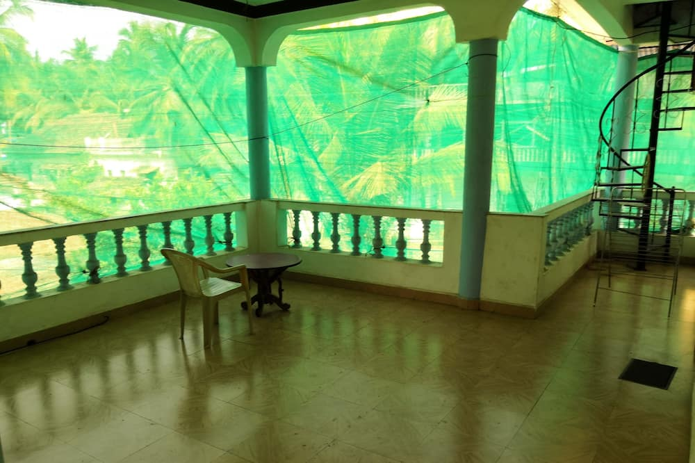 Entire top floor of villa, 50 meters from beach.