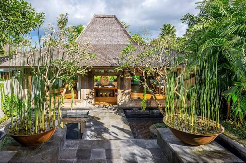 Fantastic Villa To Have A Great Holiday In Bali