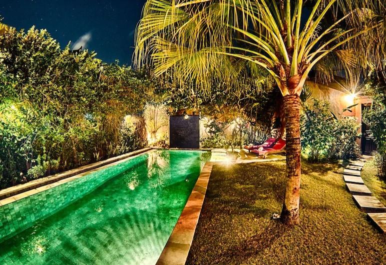 Villa Kelana, Seminyak, Pool