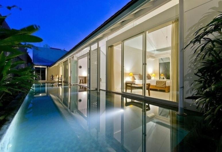Villa White, Seminyak, Pool