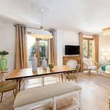 Stunning 4BD Apartament in the Heart of Granada. Alhacaba