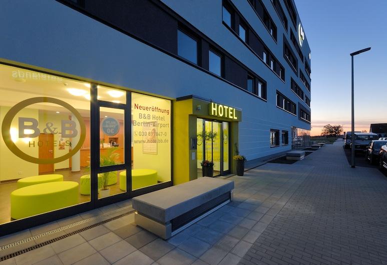 B&B Hotel Berlin-Airport, Schoenefeld, บริเวณประตูทางเข้า
