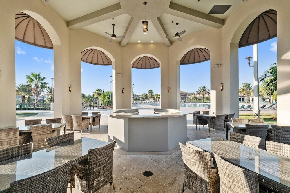 House, Multiple Beds (8890CCD-The Retreat at ChampionsGate) - Property Grounds