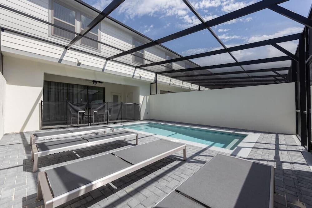 Condo, Multiple Beds (2404TGD - Windsor at Westside) - Pool