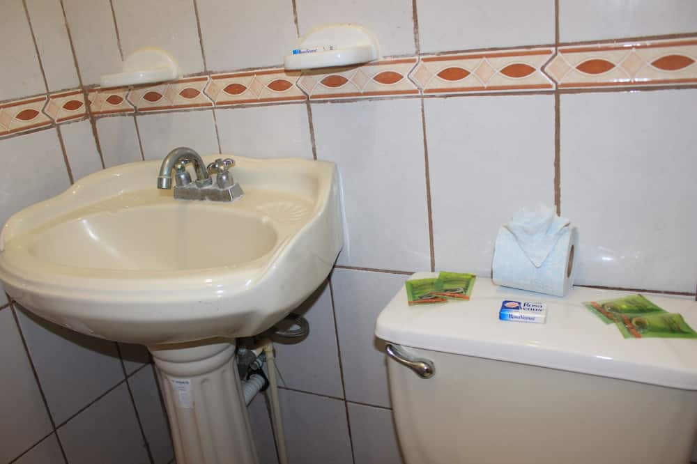 Suite estudio familiar - Baño