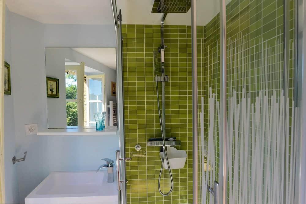 Traditional Double Room, Ensuite, Park View (LES NOISETIERS) - Bathroom