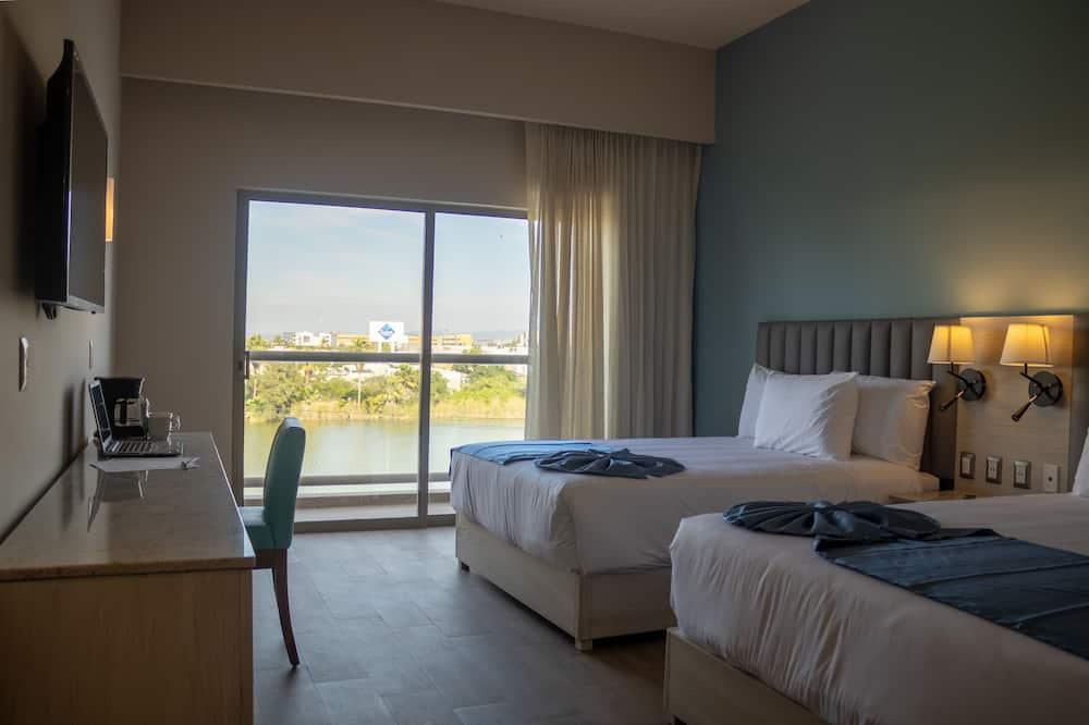غرفة مزدوجة عادية - منظر للبحيرة - غرفة نزلاء