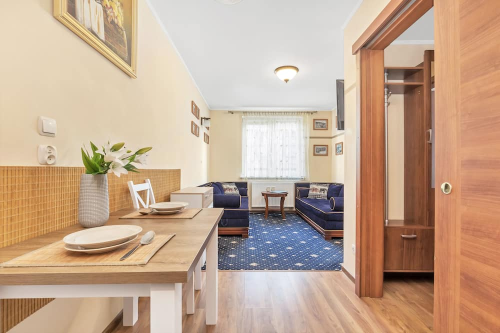 Apartament, 1 sypialnia, balkon, przy plaży - Salon