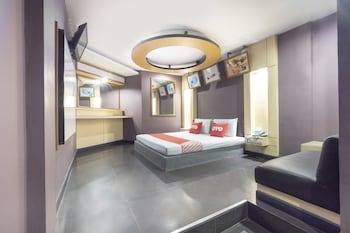 صورة OYO 75382 Chonburi Hotel في شون بوري