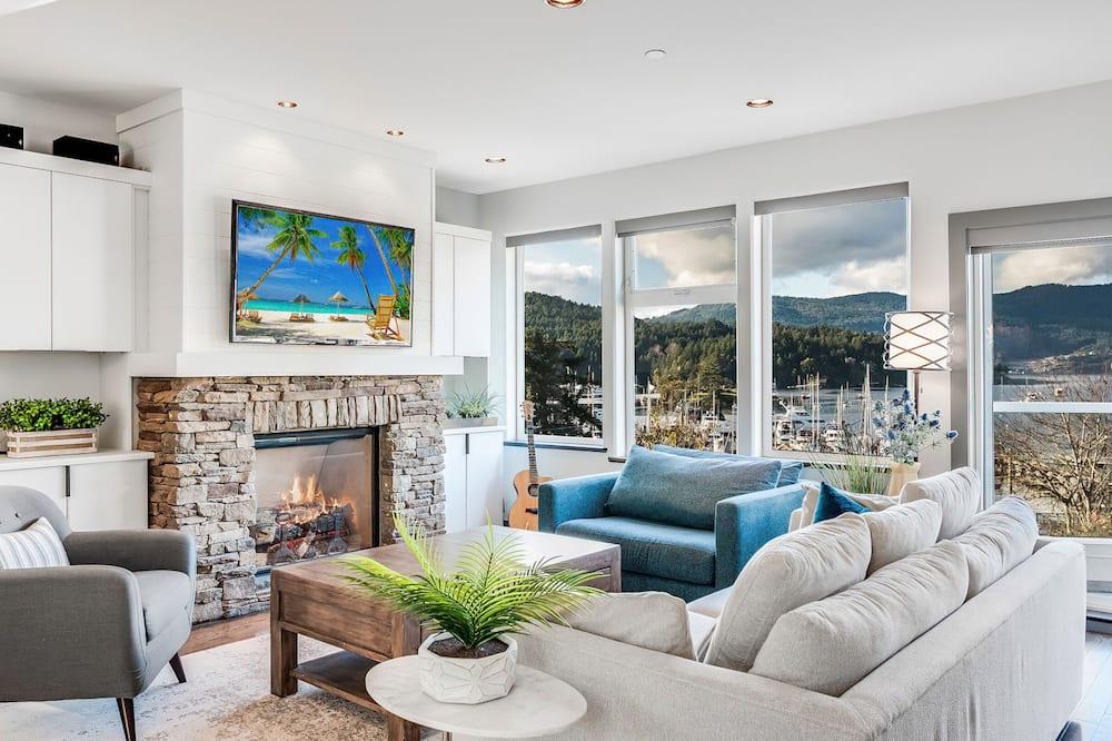 Elite Room - Living Area