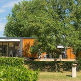 Ecolodge in the Middle of Beautiful Nature, Near Lyon