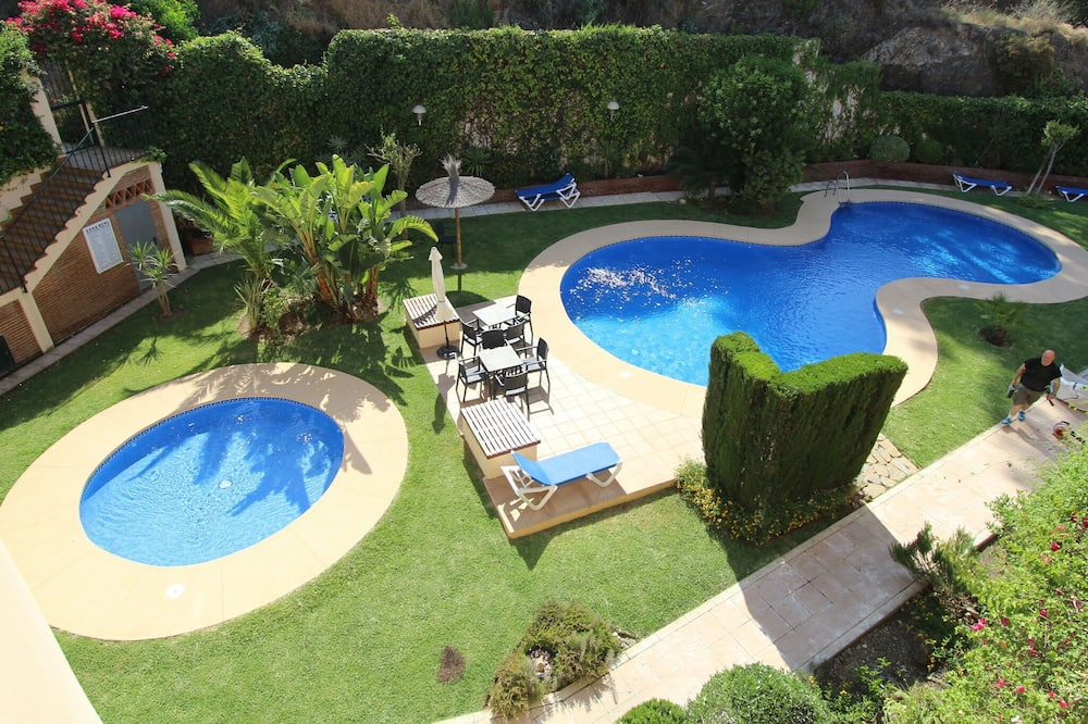 Lovely Holiday Home in Mijas With Swimming Pool