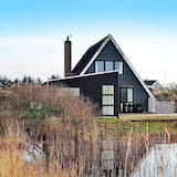 5 Person Holiday Home in Fanø