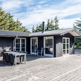 6 Person Holiday Home on a Holiday Park in Fanø