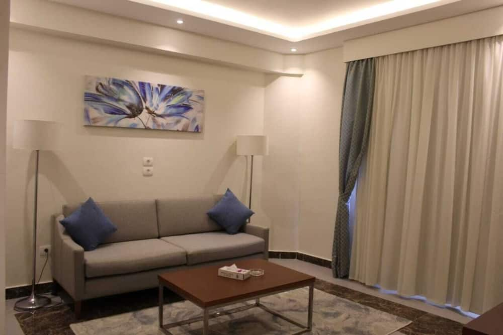 Royal Suite, Sea View - Living Room