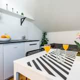 Külaliskorter (Two Bedroom Apartment with Terrace an) - Elutuba