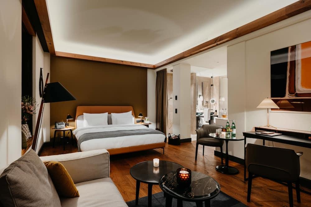 Habitación doble junior, 1 cama King size, vista a la ciudad - Sala de estar