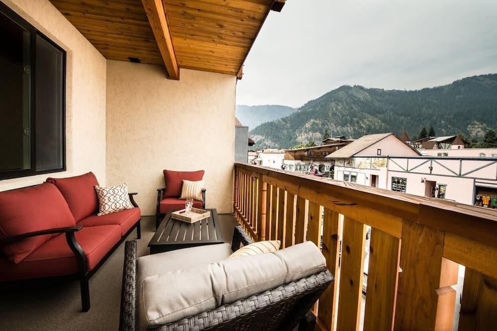 Külaliskorter, Voodeid on mitu, rõduga, vaade mägedele - Rõdu