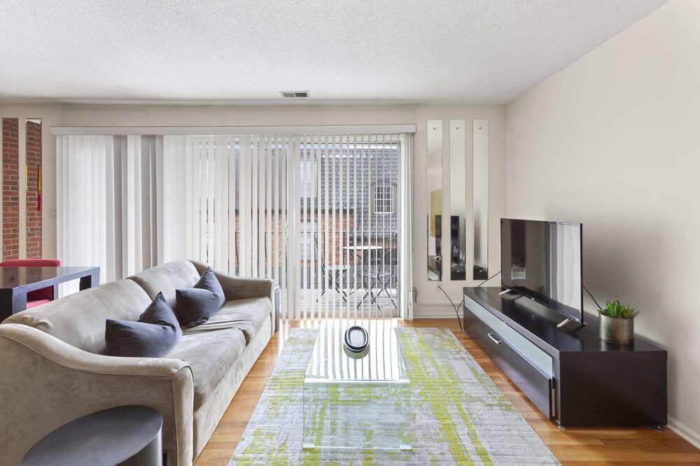 Signature Apartment, 1 Bedroom, Non Smoking - Living Room