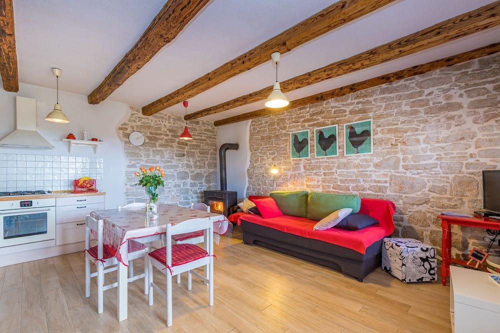 Novomanželský dom, 1 dvojlôžko s rozkladacou sedačkou (Honeymoon House Eufemia) - Obývacie priestory