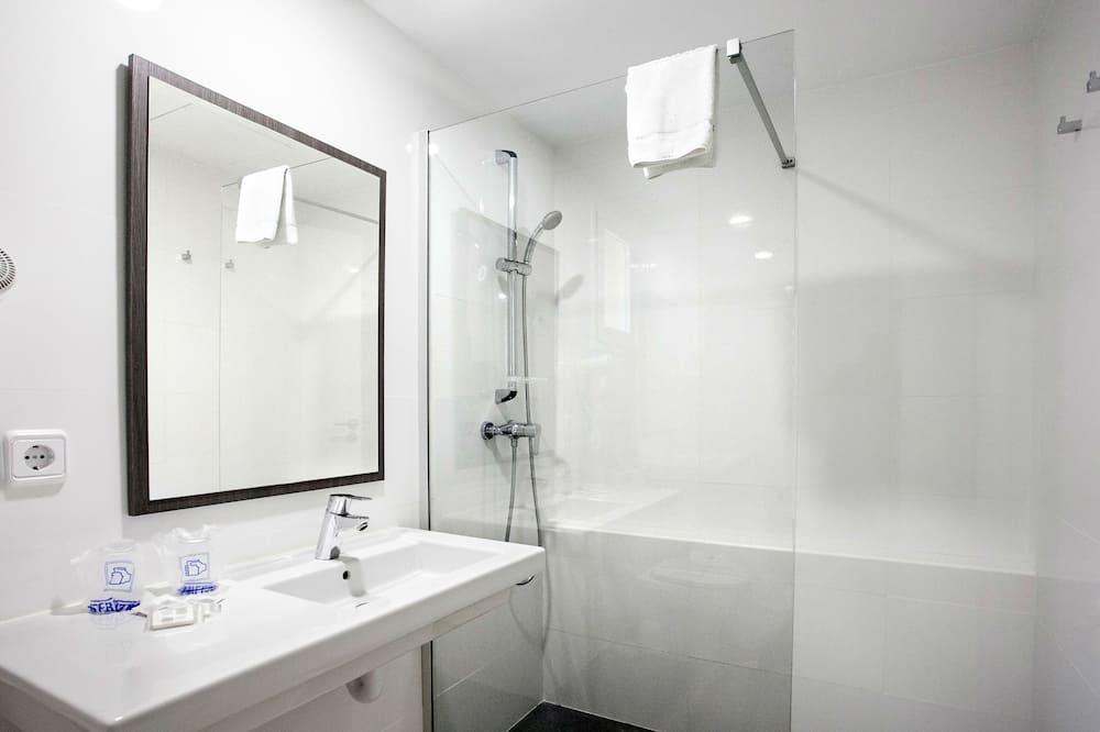 Štandardná dvojlôžková izba pre 1 osobu - Kúpeľňa