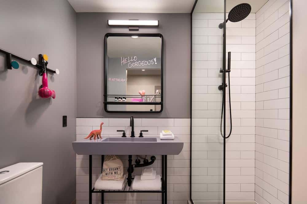 Kambarys, 1 standartinė dvigulė lova, Nerūkantiesiems - Vonios kambarys