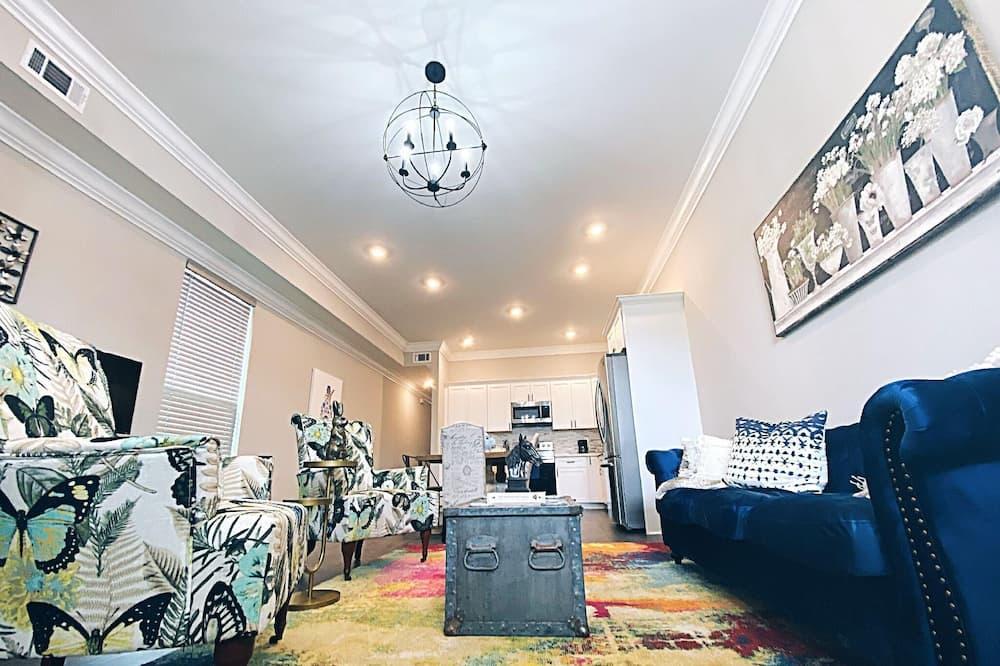 Dom (Milan Manor) - Obývačka