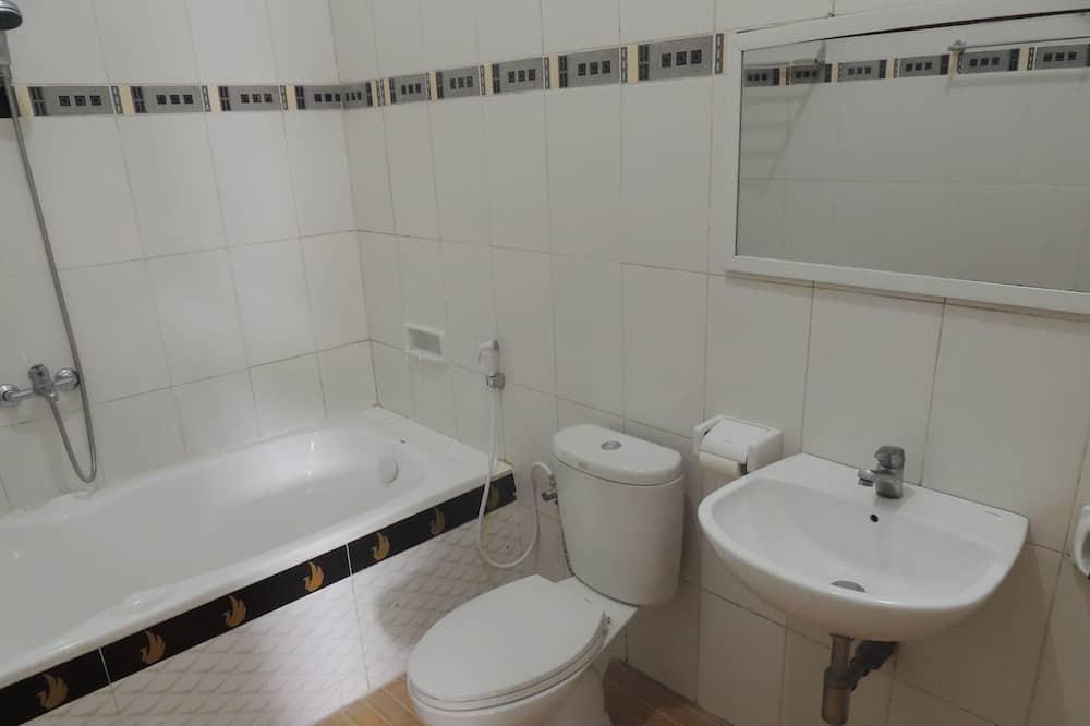 Vila, 6 spální - Kúpeľňa