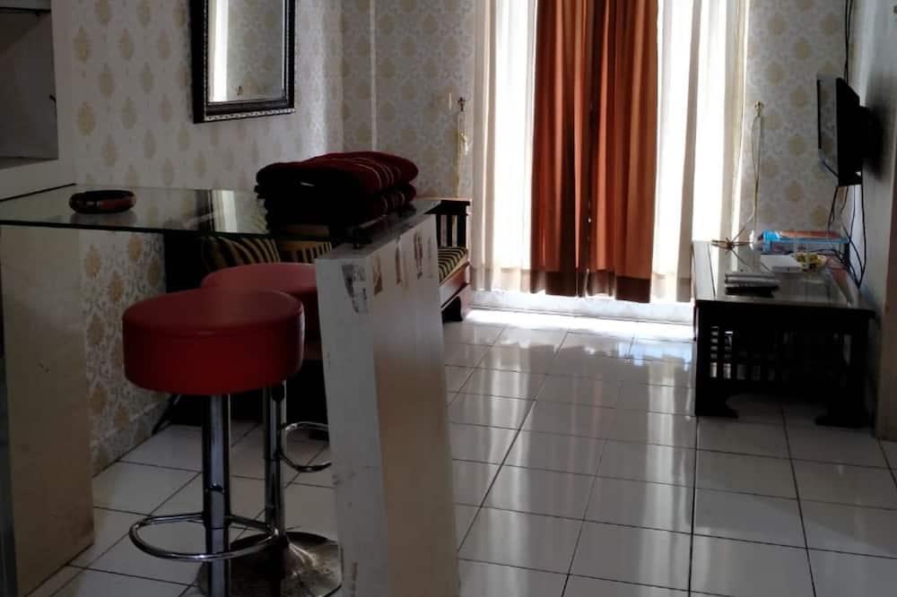 Apartment, 2 Bedrooms - In-Room Kitchen