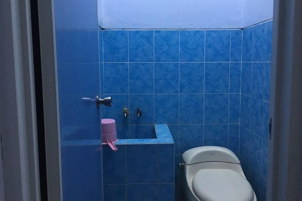 Vila, 4 spálne - Kúpeľňa