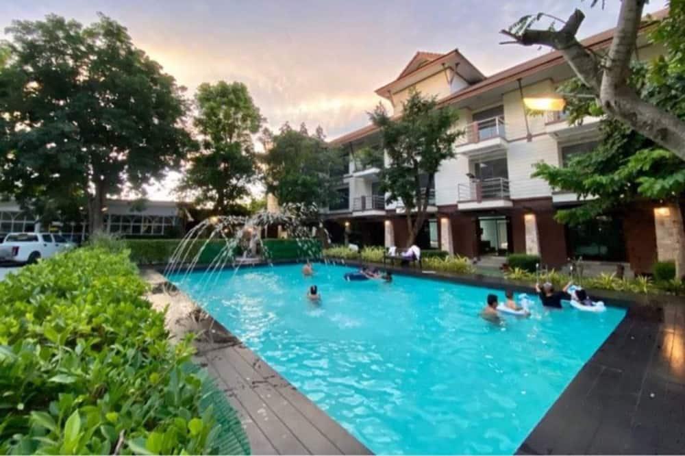 Sanrak Resort Bangsaen