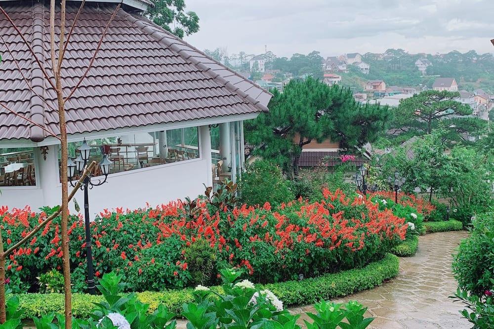 Standarta bungalo - Skats uz dārzu
