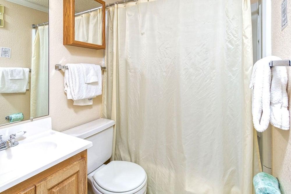 Byt, 2 spálne - Kúpeľňa