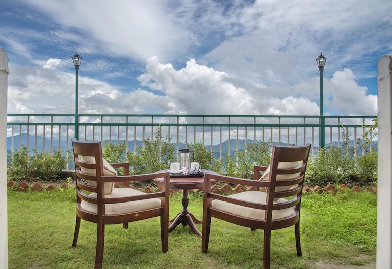 Echor - The Koti Village Resort, Shimla, Stone Cottages (Balcony & Mountain View), Terrace/Patio
