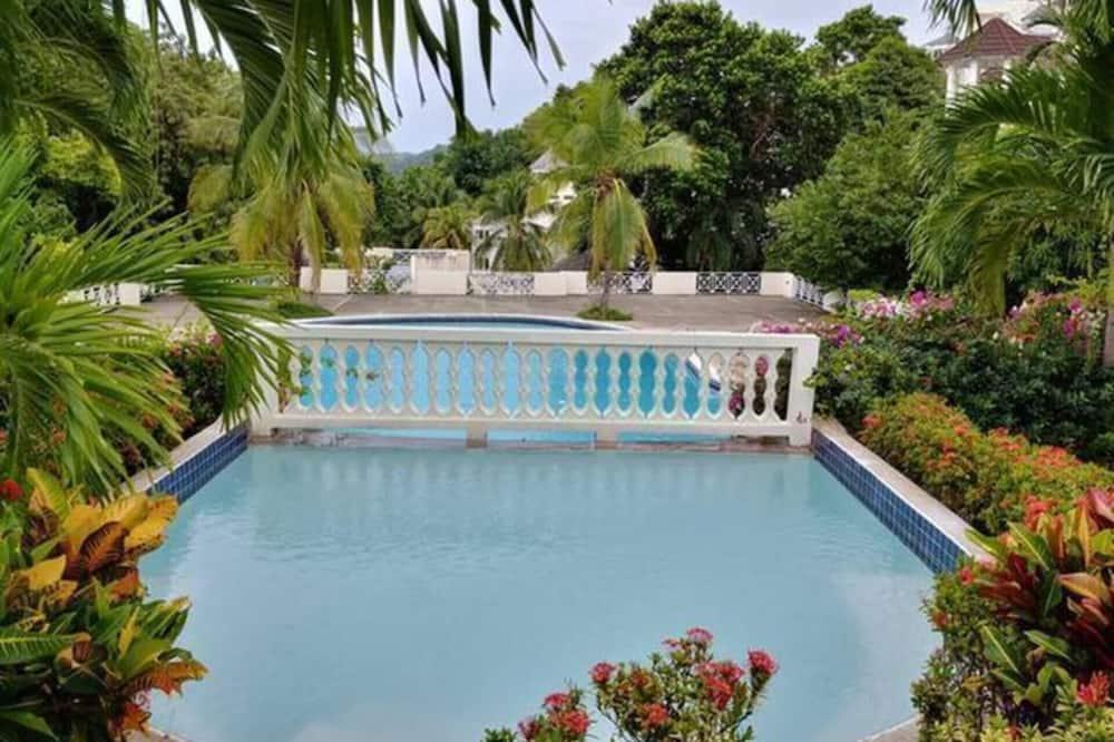 Apartmán, 1 veľké dvojlôžko - Bazén