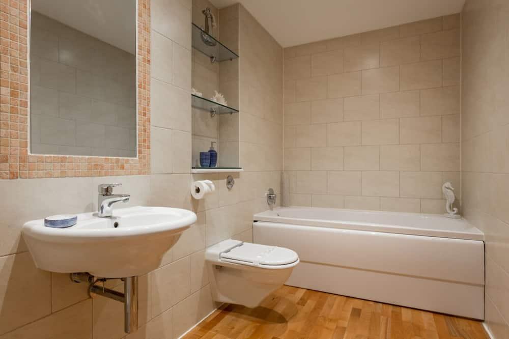Apartmán, bezbariérová izba - Kúpeľňa